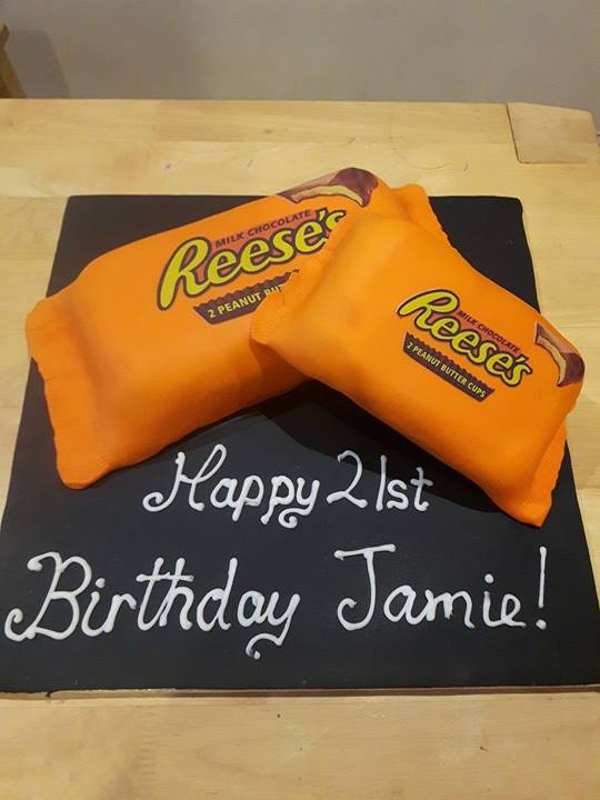 WE HAVE BEEN PRINTING EDIBLE CAKE TOPS FOR A FEW YEARS NOW AND SO GAINED LOTS OF EXPERIENCE USE THE BEST PRODUCTS ON MARKET